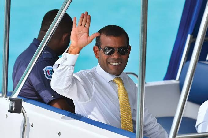 Former Maldives President, Mohamed Nasheed hospitalized after bomb explosion at his home