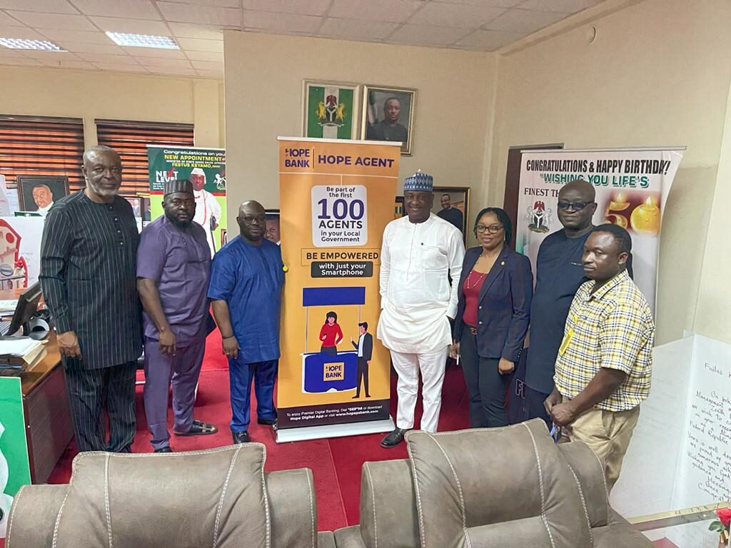 Hope PSBANK collaborates with FG to create 77,400 jobs