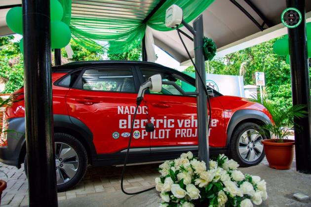 FG commissions electric vehicle charging station in Lagos
